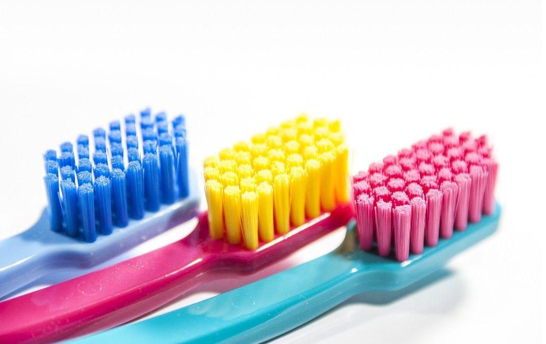 Ktorá zubná kefka je tá správna?